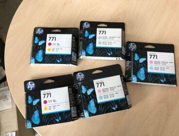 HP DESUGNJET Z6200 materiale consumo NUOVO  regalo PLOTTER inutilizzato  da giugno 2019