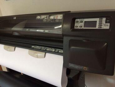 "Vendo Plotter HP designjet 1050c plus (Model C6074A) cmA0/36"""